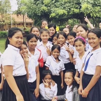 カンボジアでチャイルドケア&地域奉仕活動 四木菜々子